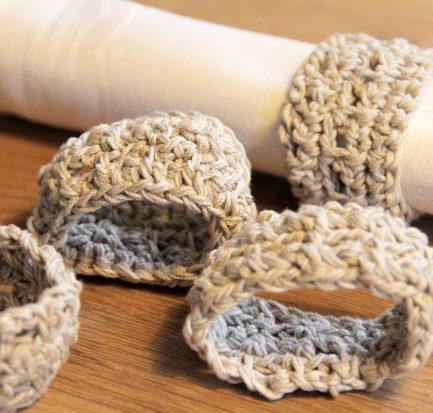 Serviettenringe häkeln aus Wollresten