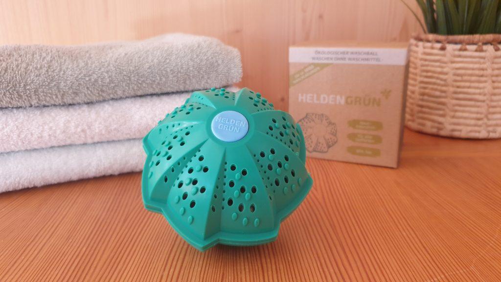 Wäsche waschen ohne Waschmittel mit der Waschkugel